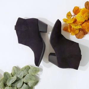 Faded Glory Block Heeled Ankle Boots▪︎ 8
